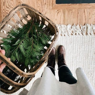 Homemaking | Christmas Mantle Foraging