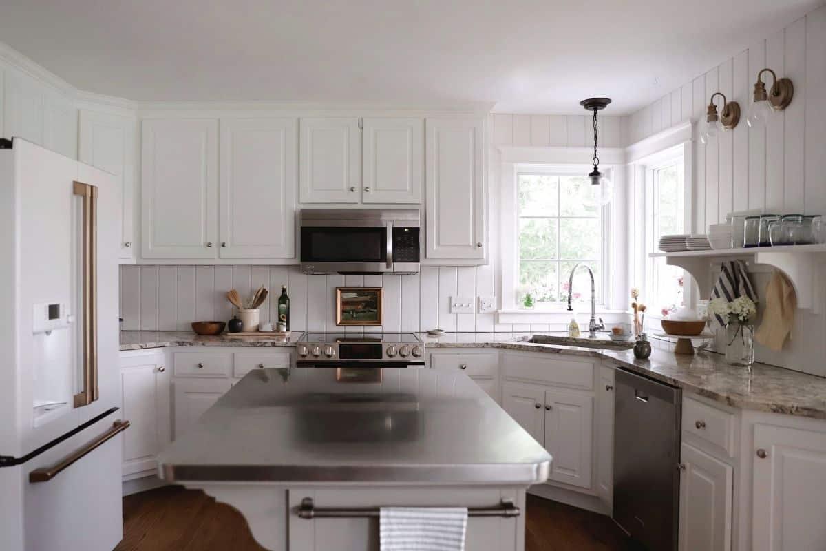 My Top Ten Kitchen Essentials for Homemakers