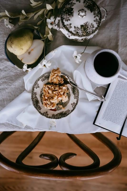 simple overnight oatmeal bake