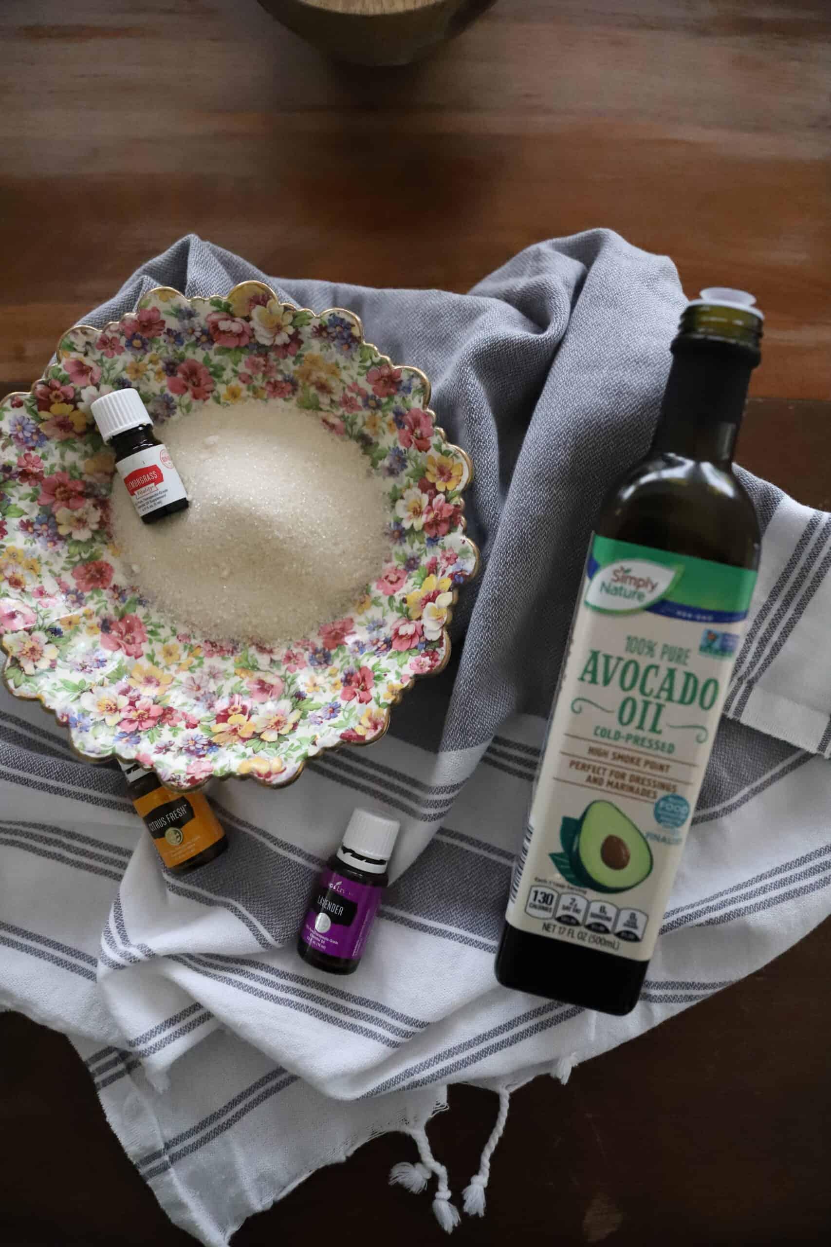 6 Simple Essential Oil DIYs