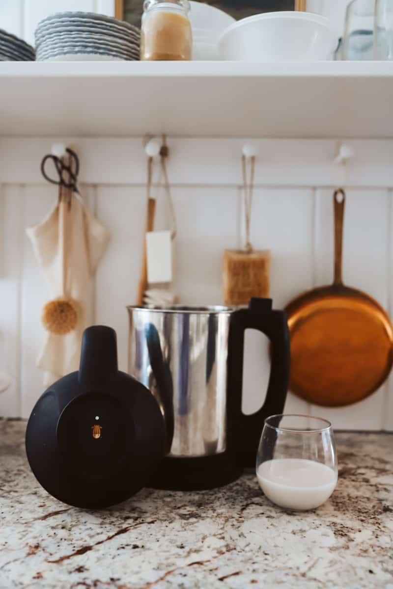 20 Simple Gift Ideas for the Homemaker